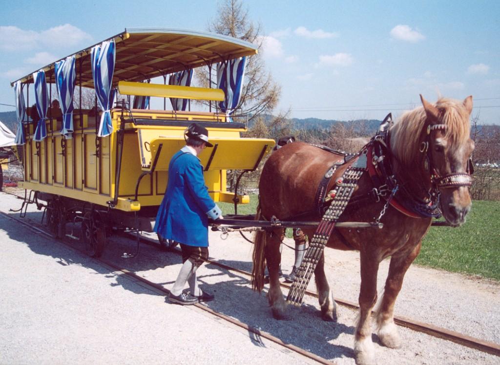 Un auténtico ferrocarril histórico. Convoy del museo del ferrocarril a caballo. Foto: Stanislav Jelen.