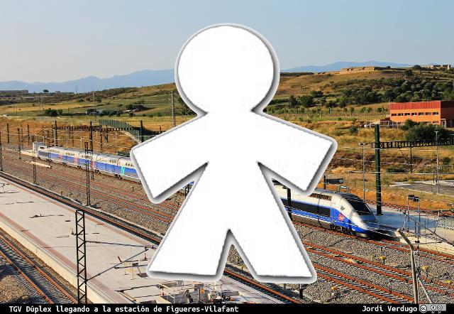 TGV Duplex en la estación de Adif en Figueras Vilafant. Foto: Jordi Verdugo