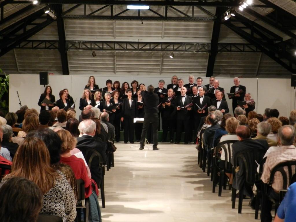 El Coro durante su actuación. Foto cortesía del Museo del Ferrocarril de Madrid.