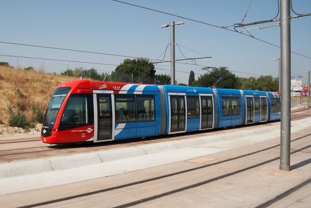 Metro ligero oeste recibe un premio annual ride trenvista for Metro ligero colonia jardin