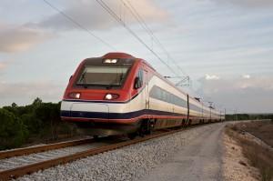 Alfa Pendular 4005 de Comboios de Portugal circulando por la variante de Alcázer. Foto: Nuno Morão