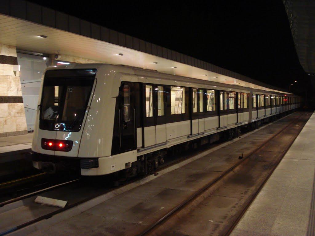 Metro de Budapest línea 4