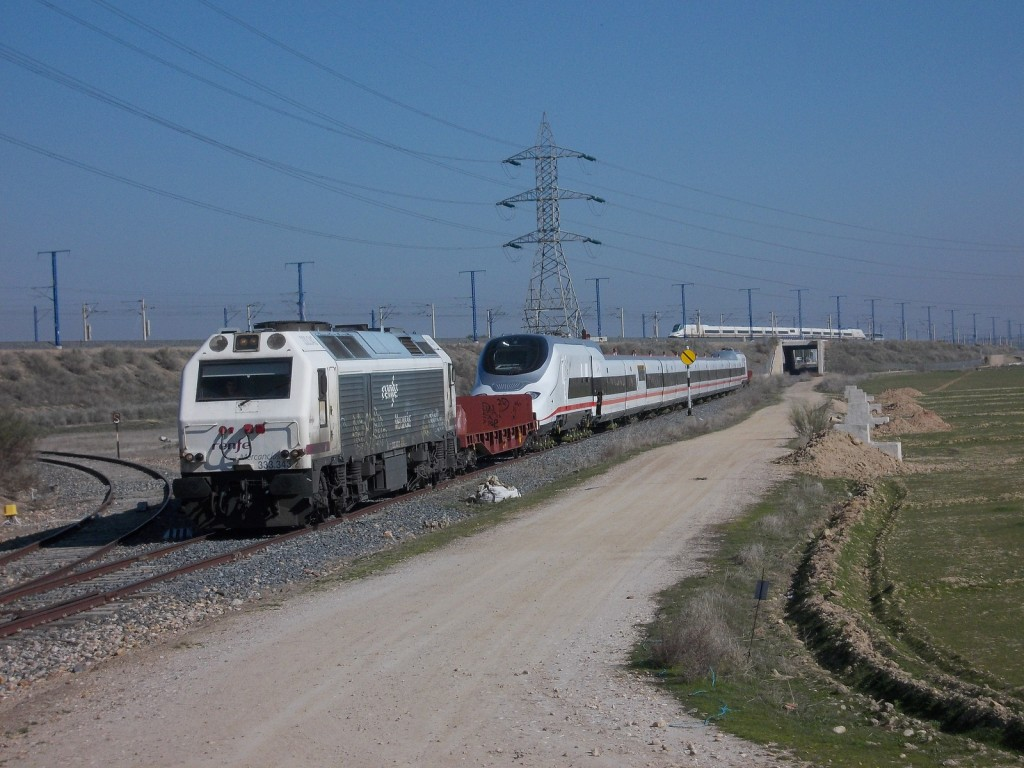 El AVRIL llegando a La Sagra, cruzándose con su predecesor el Pato. Foto: CARLOS123456