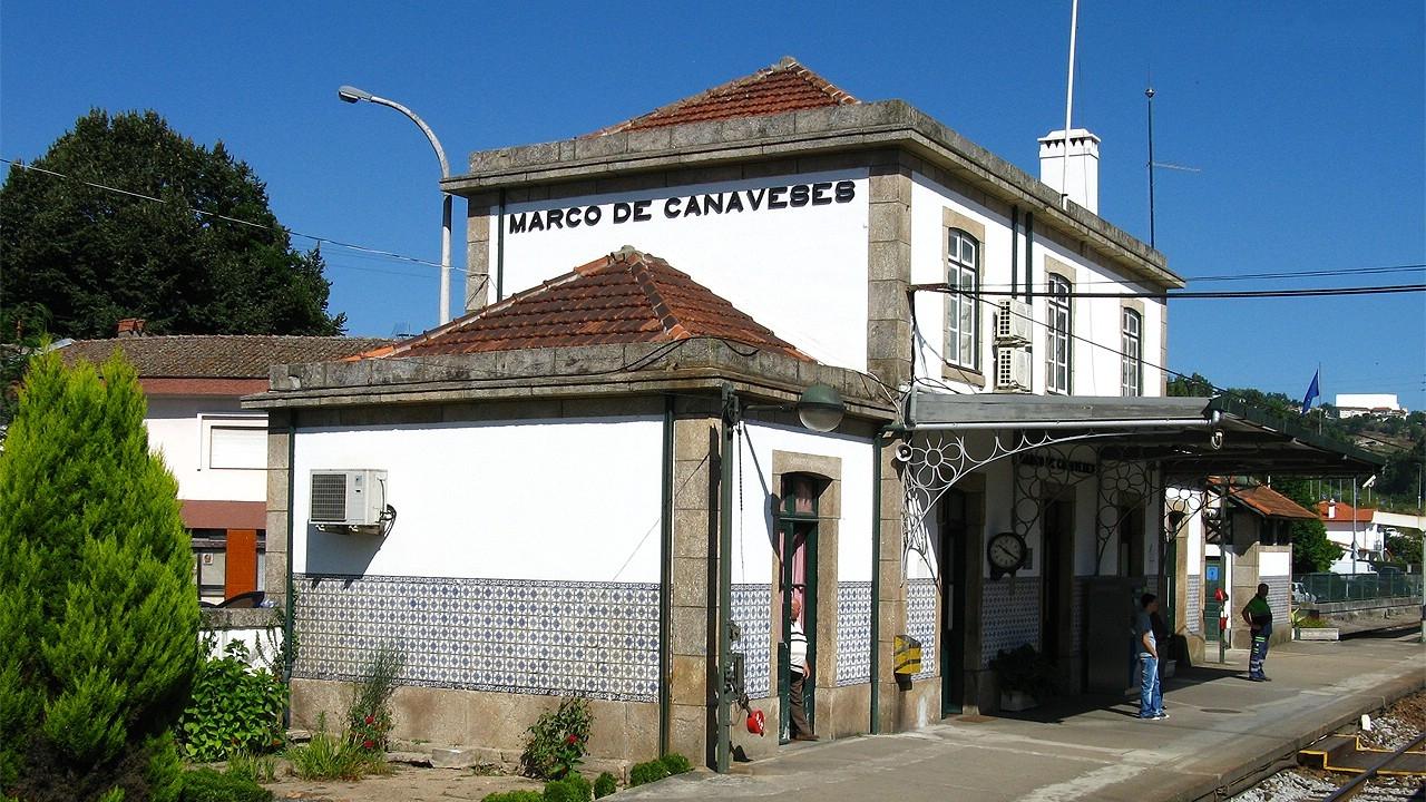 Estación de Marco de Canavezes de la Línea del Duero, hasta donde REFER llevará la electrificación. Foto: Antero Pires