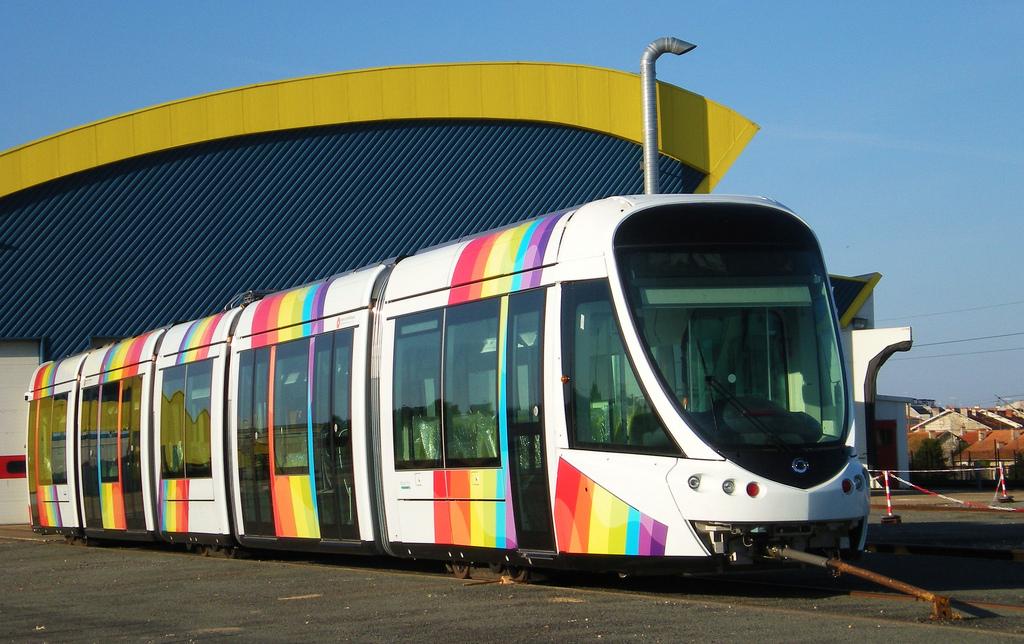 Los tranvías de Alstom para Lusail dispondrán del sistema APS que les permite prescindir de catenaria.