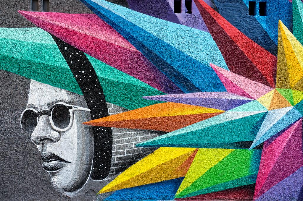 Una de las obras de Okuda, que junto con Rosh333 se encargará de decorar con arte urbano la estación de Paco de Lucía.