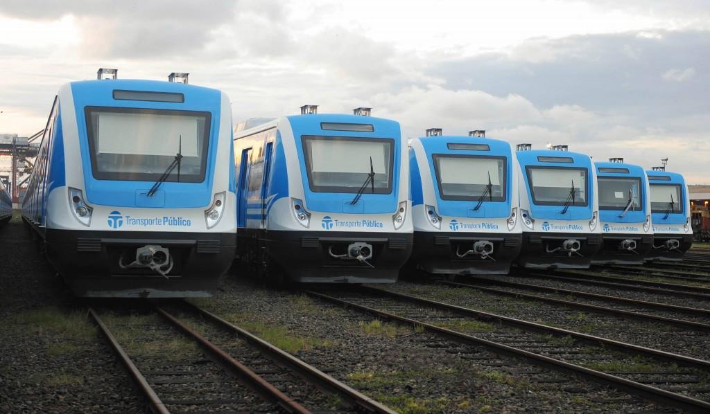 Nuevos trenes fabricados por CSR para la línea Sarmiento. Fuente: Taringa.