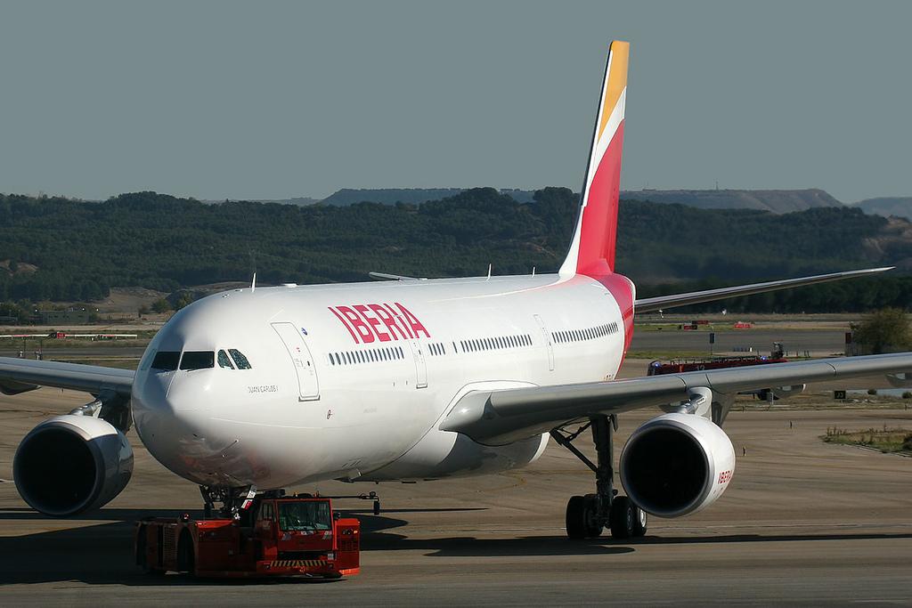 Iberia y Renfe se alían para ofrecer billetes combinados