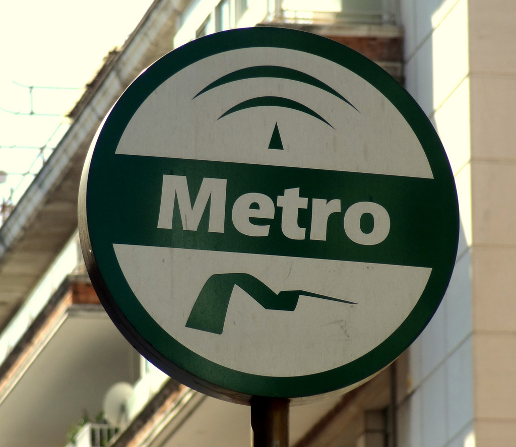 Metro de Sevilla cierra el año 2013 con más beneficios y menos usuarios