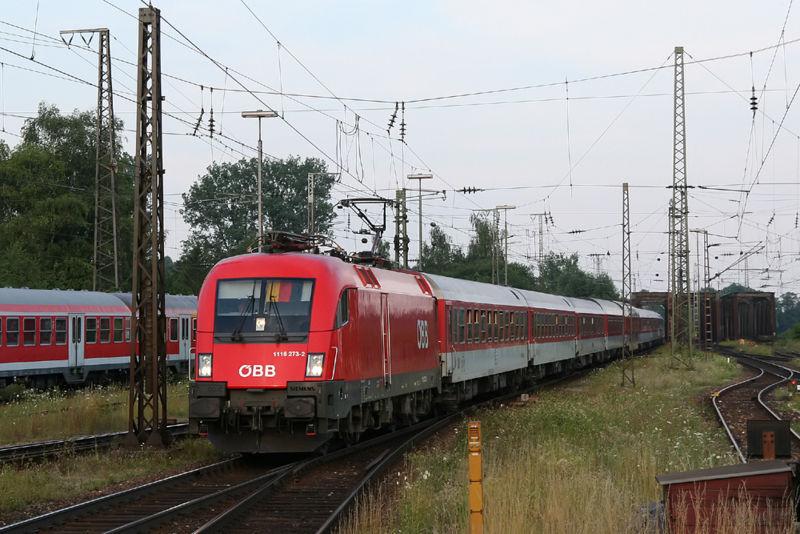 El Euro Night 482 Múnich-Copenhague, uno de los trenes nocturnos que une varias ciudades de Europa, a su paso por Donauwörth. Foto: Sese_Ingolstadt