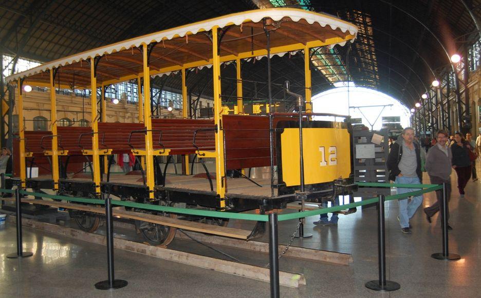 El tranvía a caballos vuelve a Valencia