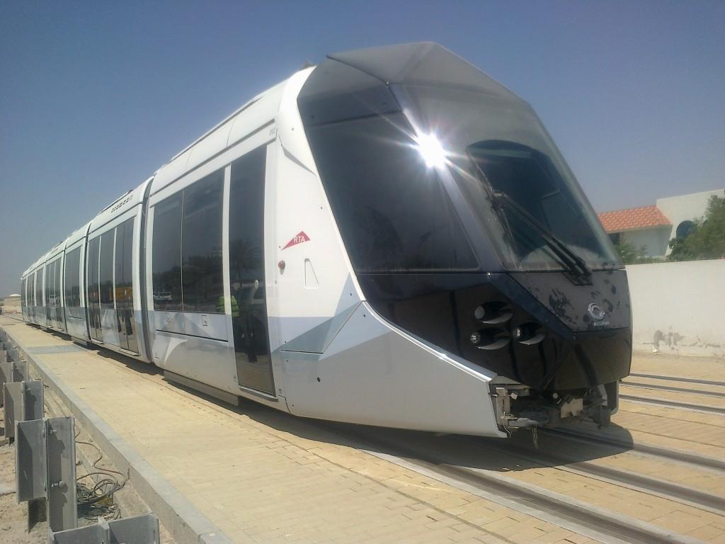 Imagen de uno de los vehículos Alstom que forman parte de la flota del tranvía de Dubái. Foto: Dubai Tram.