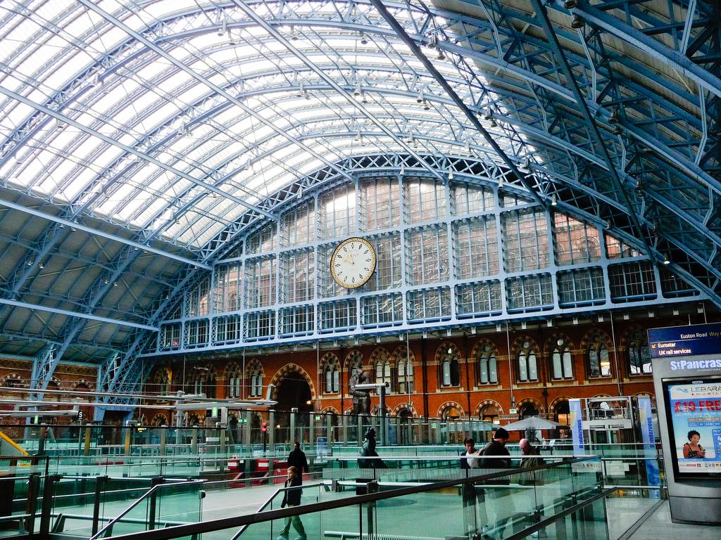 Imagen del interior de la estación de St. Pancras.