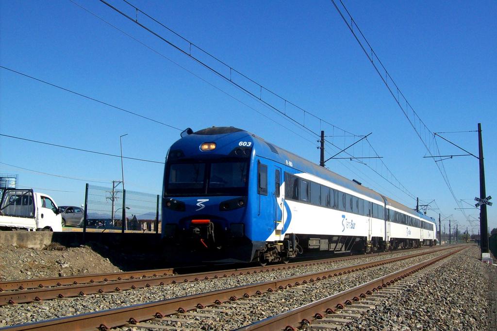 CAf se encargará del suministro de trenes para la conexión Ciudad de México-Toluca como ya ha hecho en otros lugares de latinoamérica. En imagen, uno de sus trenes en Chile