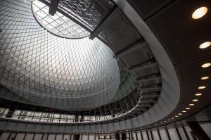 La gran cúpula de cristal es la protagonista de la nueva estación Fulton Center