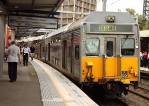 Un serie K detenido en Parramatta. Foto: Jason Antony.