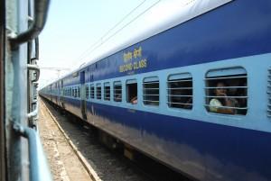 Este grave accidente ferroviario pone de manifiesto la inseguridad de la red india. Foto: steelmonkey.