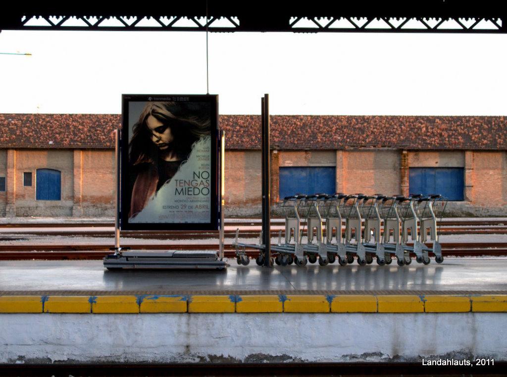 Todos los soportes publicitarios de las estaciones de Adif cambian de gestor. Foto: Landahlauts.