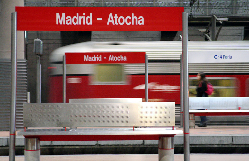 Las obras permitirían reducir el tiempo del enlace entre la zona AVE de la estación a la de cercanías, mejorando la conexión Atocha-Barajas. Foto: mallol.