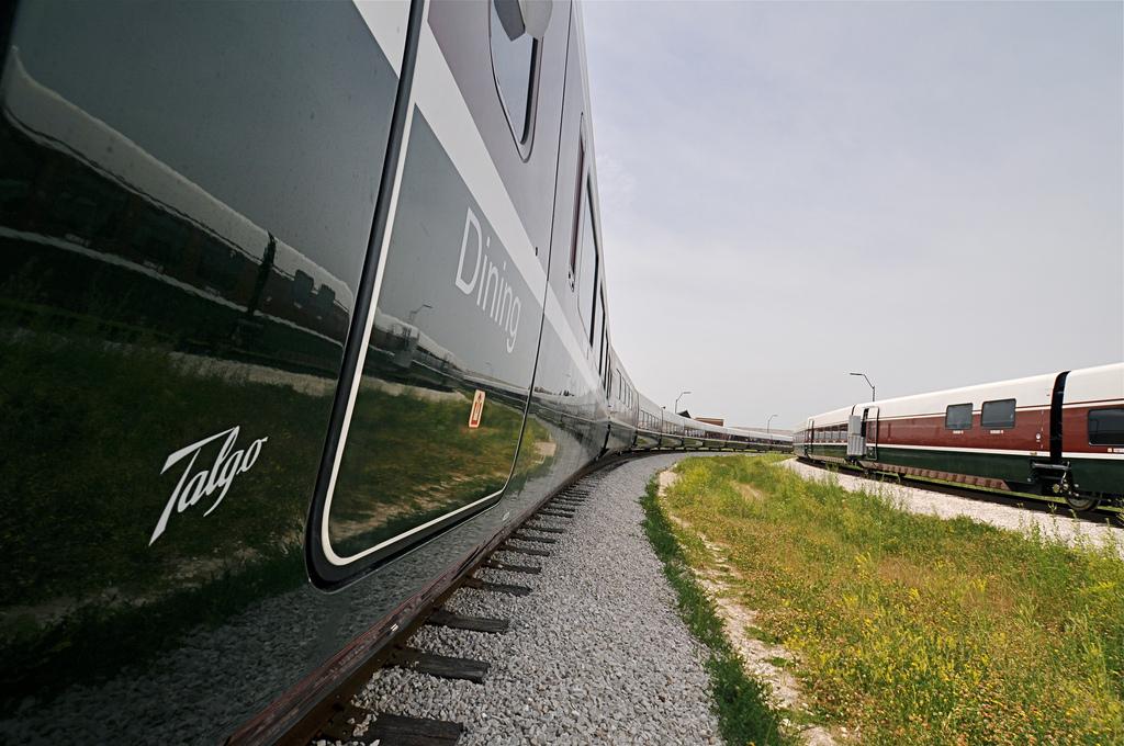 Vladimir Putin habría cuestionado la decisión de comprar trenes Talgo en un contexto de crisis diplomática. Foto: Oregon Department of Transportation.
