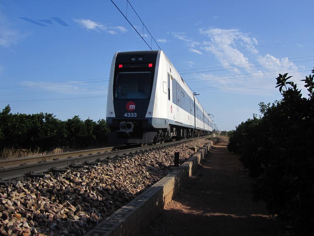 Por fin el metro de Valencia llega a Riba Roja del Turia. Foto: ▐▼▌arto ™