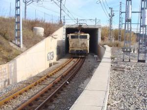 La 269-205 en Martorell circulando por un ferrocarril con doble ancho de vía (métrico e ibérico). Foto: Luis Zamora.