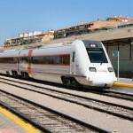Los servicios de Media Distancia entre Sevilla y Granada se verán perjudicados por la suspensión temporal. Foto: Gustav Stehno (tokkyuu).