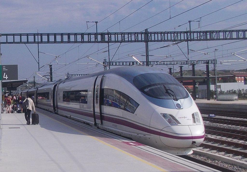 A partir de ahora, todas las líneas ferroviarias de nueva construcción tendrán que estar avaladas por estudios de rentabilidad. Foto: Henry1500.