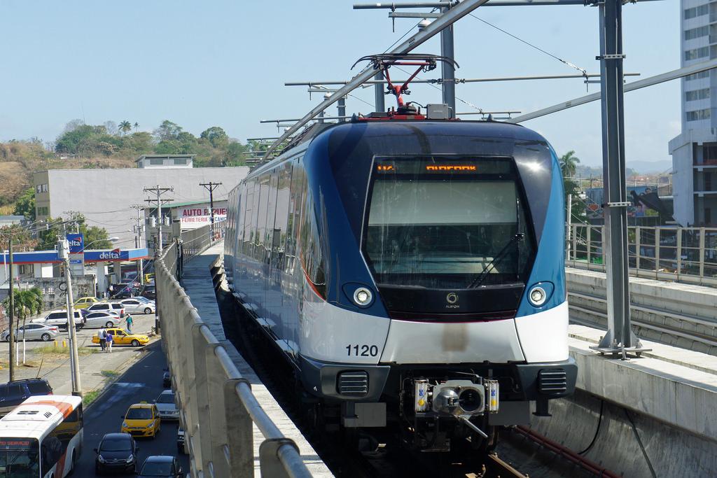 el consorcio de FCC construirá toda la línea 2 del metro de Panamá de manera elevada. Foto: mariordo59.
