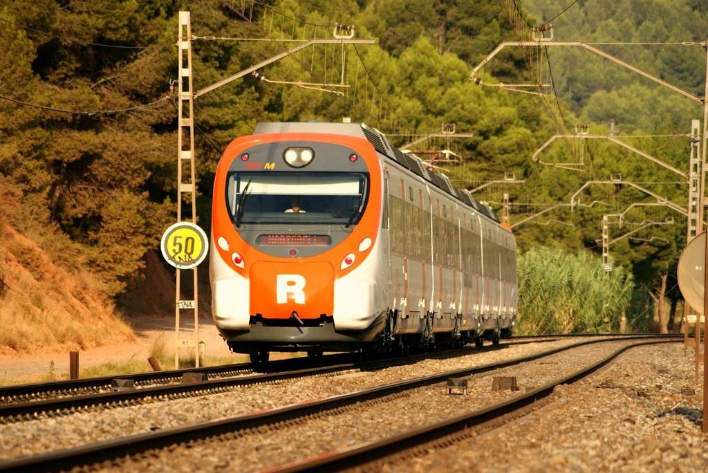 Una avería en el sistema de control ferroviario ha paralizado a primera hora de la mañana la red convencional de Cataluña. Foto: eldelinux.