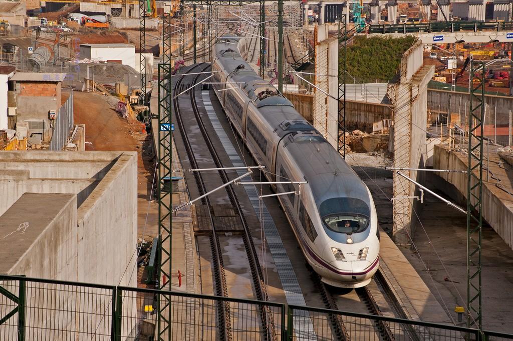Según el Tribunal de Cuentas, el AVE no es sostenible a largo plazo. Foto: Aleix Cortés.