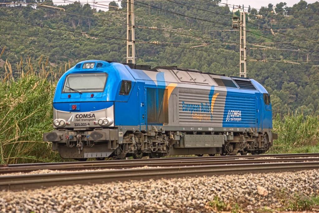En la primera entrega de cómo de conduce un tren conoceremos los mandos de la cabina de una locomotora de la serie 335