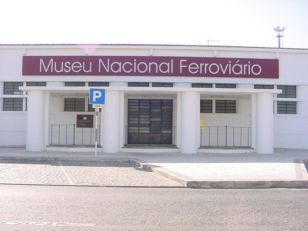 Fachada principal del Museo Nacional Ferroviario. Foto: Porto dos Museus.