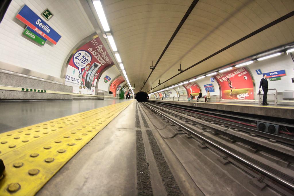 Los nuevos conductores de Metro de Madrid llegarían en los plazos que marcase en nuevo Gobierno regional. Foto: Juanedc.