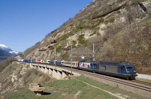 La autopista ferroviaria es un concepto muy extendido en el resto del mundo. Foto: David Gubler.