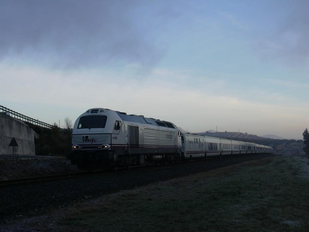 El tren nocturno Granada-Barcelona circulará por última vez (casi con seguridad) el próximo 2 de agosto. Foto: Andy Schumacher.