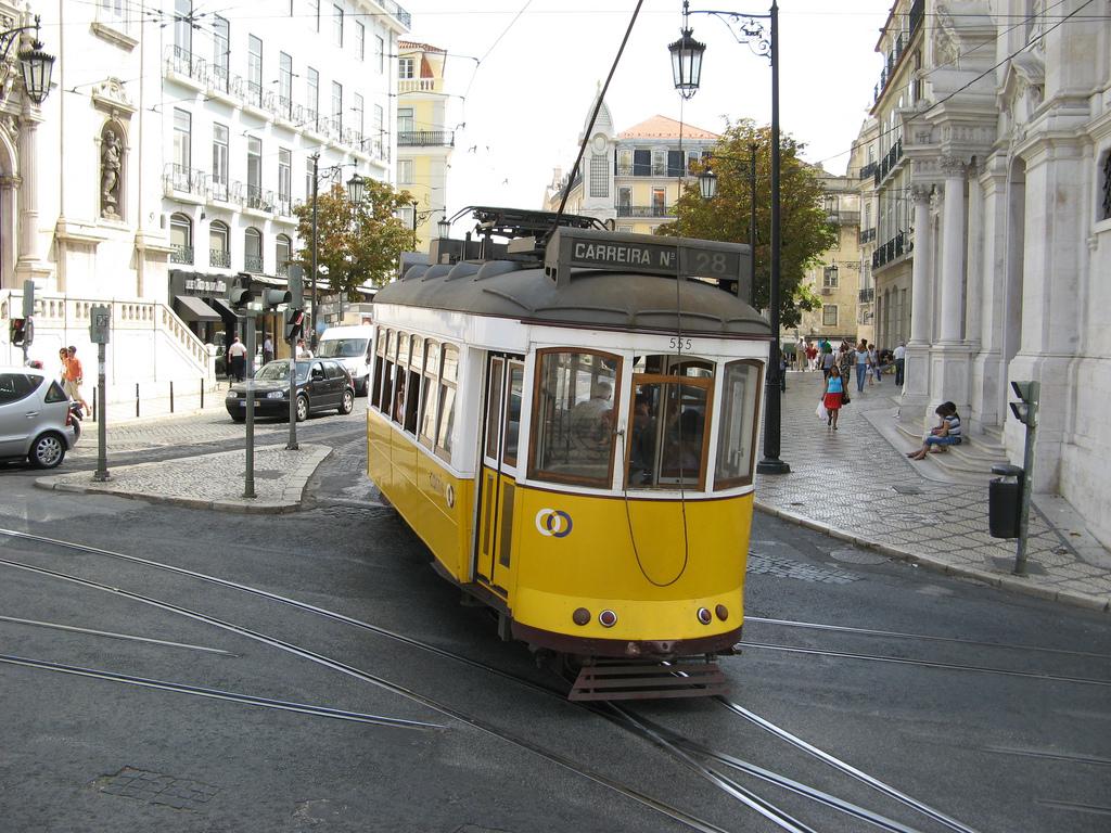 Lisboa reta al gobierno central por el asunto de la privatización de su transporte público. Foto: Michael Day.