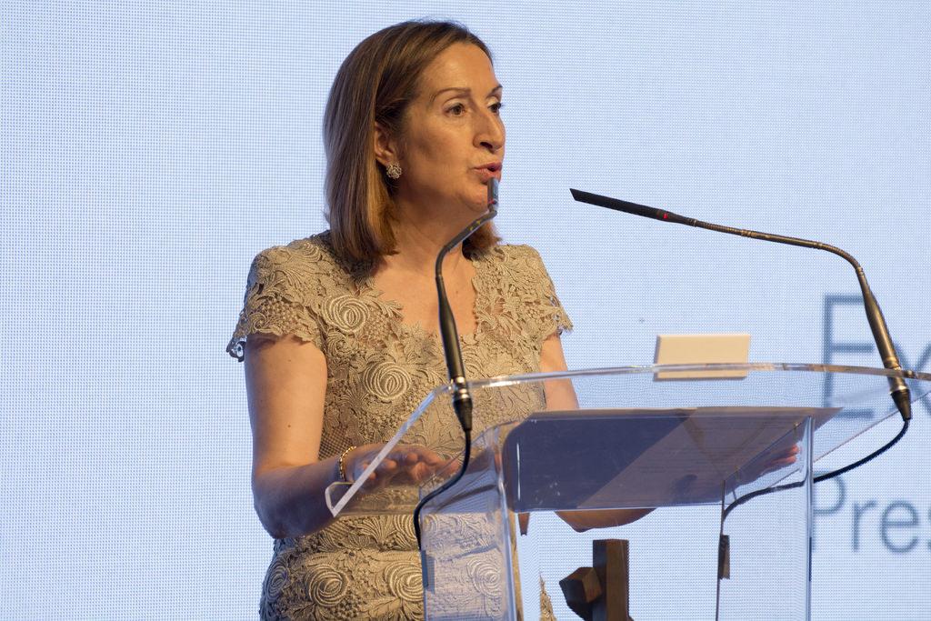 Ana Pastor ha anunciado la designación de los Presupuestos Generales del estado al Ministerio de Fomento. Foto: Casa de América.
