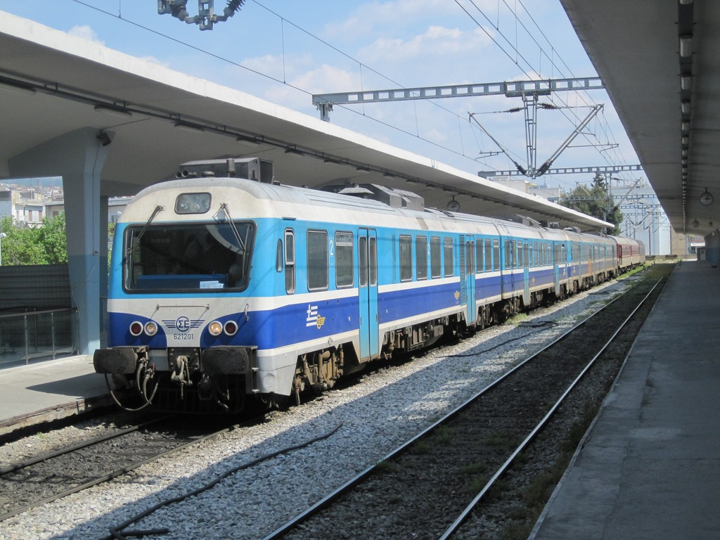 La privatización del ferrocarril griego, inmitente tras marcarse la fecha límite de la transacción para finales de año. Foto: Phil Richards.