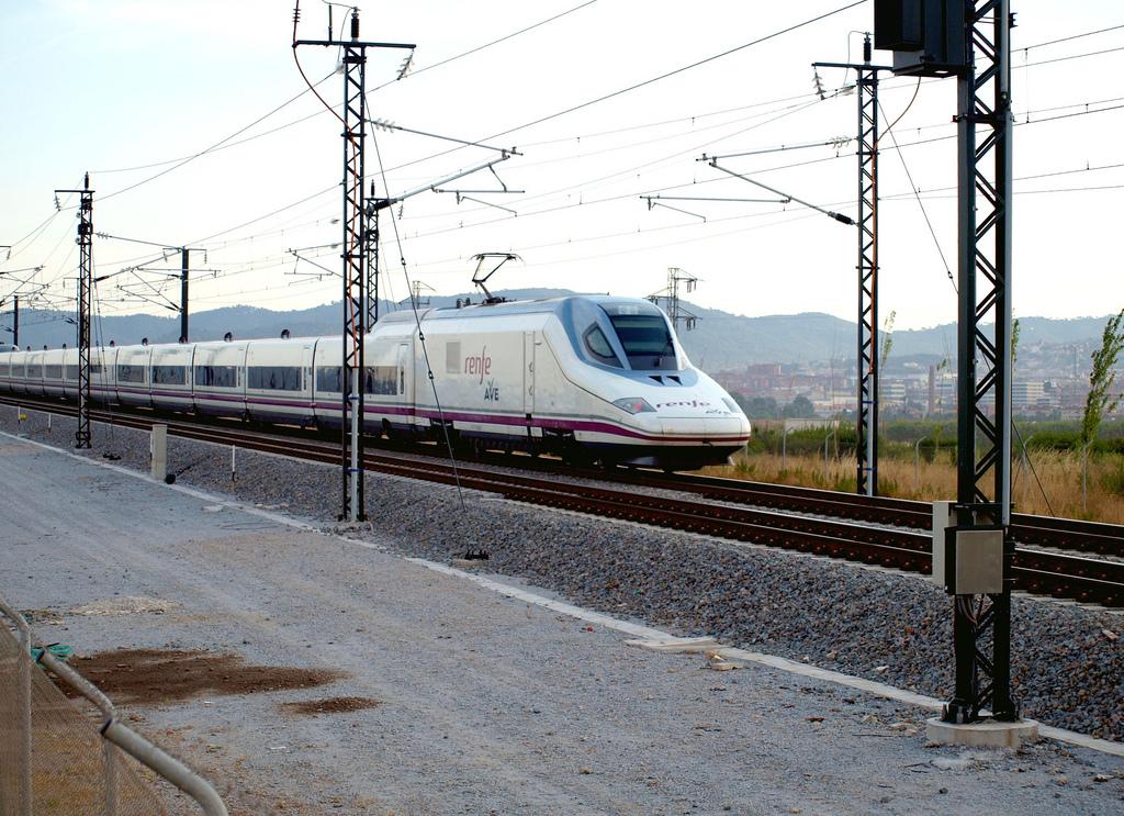El AVE a León y Palencia se inaugura mañana de manera oficial. Foto: Bonaventura Leris.
