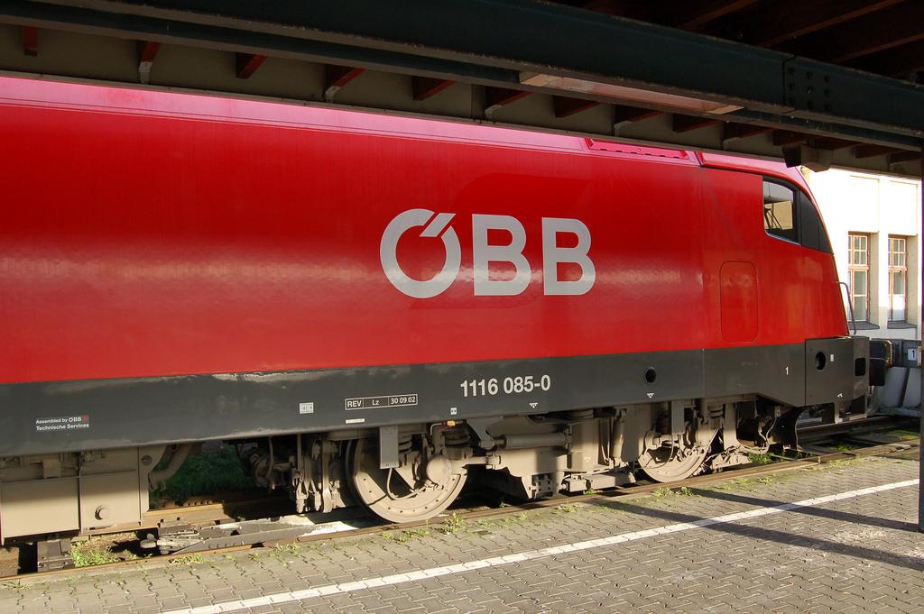 ÖBB se propone renovar sus locomotoras eléctricas para las rutas domésticas e internacionales de mercancías. Foto: Pixelteufel.