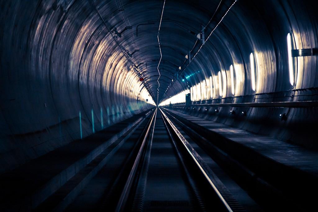 Al túnel de Gotardo le esperan 7 meses de pruebas antes de su inauguración oficial. Foto: Sanpani.