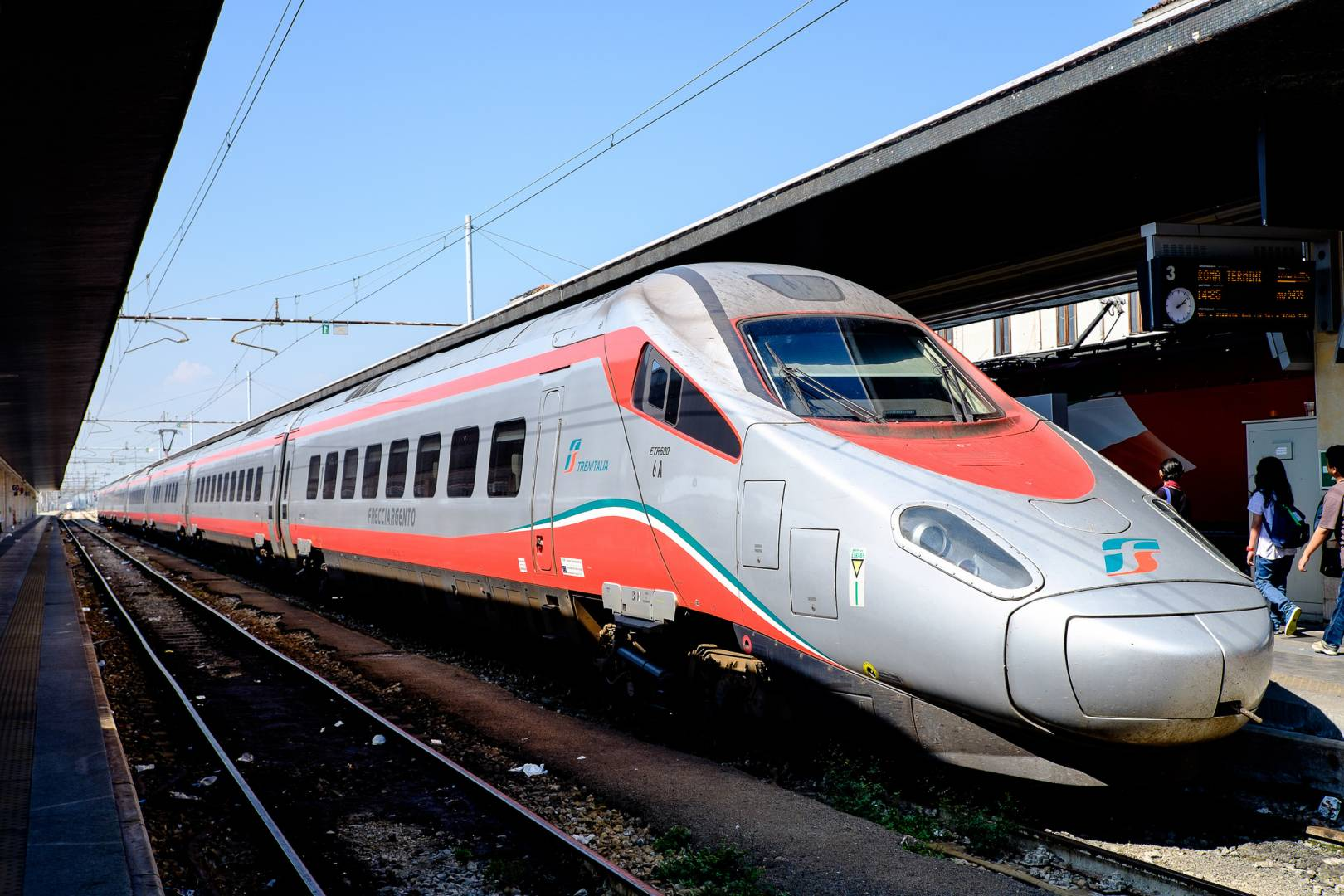 Trenes similares a los Pendolino ETR 600 de Trenitalia serán los que adquiera NTV para su servicio Evo. Foto: Christian Allinger.