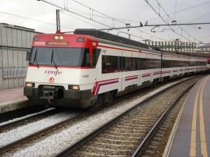 La 446-048 en la estación de Ramón y Cajal de Madrid. Foto: Miguel Bustos.