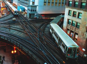 """El metro de Chicago o """"Chicago L"""" es uno de los mayores ejemplos de contaminación acústica emitida por el ferrocarril. Foto: Christopher F."""