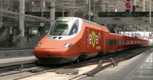 Renfe presenta el Eva, el smart train low cost que unirá Madrid y Barcelona