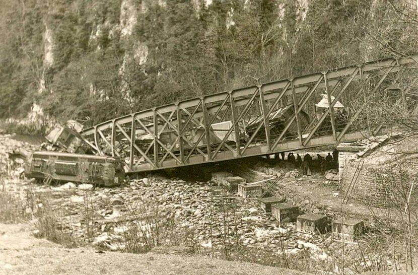 El puente de Estanguet tras el descarrilamiento. Colección de Antonio Rabaneda.