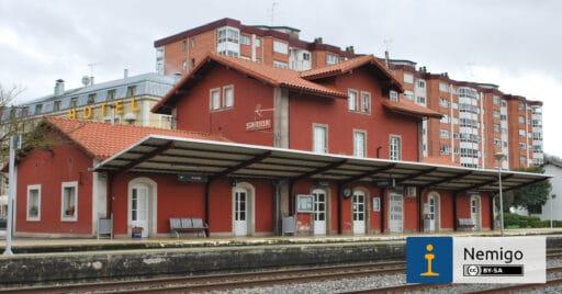 La estación de Sarriá pasará a estar electrificada tras las obras autorizadas por el Gobierno